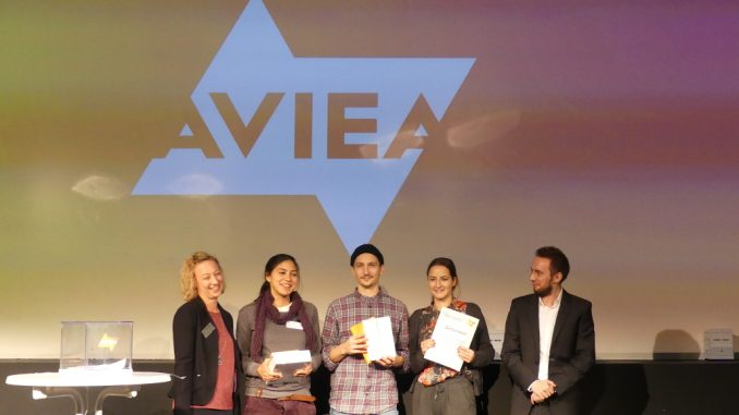 Jennifer Leutegeb (AVIEA), Claret Canelon (HAW), Quirin Nebas (HAW), MIchaelaKern (THM), Rafael Melson (AVIEA), (v.l.n.r.)