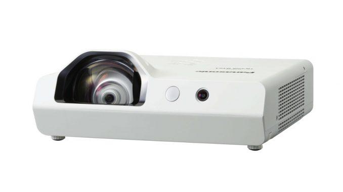PT-TW371R Ultra Kurzdistanz-Projektor