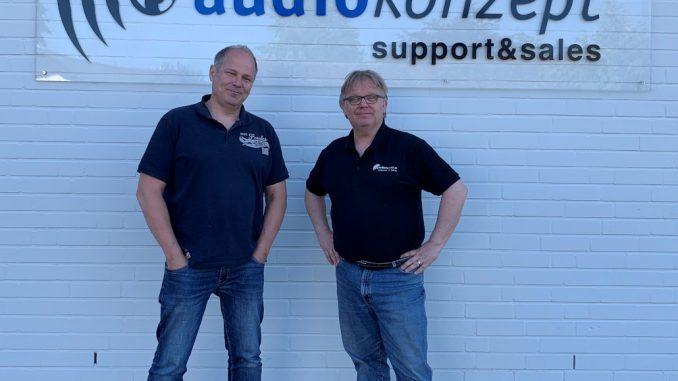 Matthias Meschkat und Jürgen Brüning (r.) GF Audiokonzept